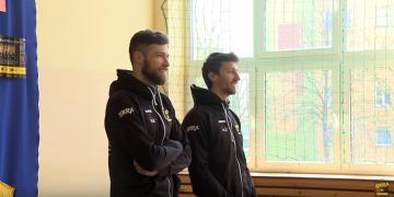 Andrzej Wrona i Nicolas Marechal w ZSP Nr 9 w Bełchatowie